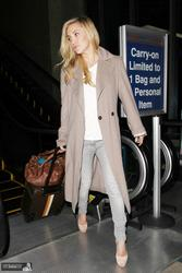 Kate Hudson - arriving at LAX on November 4, 2012