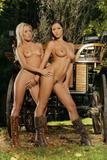 Lisen & Angel Darke47gf8aezq.jpg