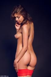 http://img294.imagevenue.com/loc406/th_574068104_46138_123_406lo.jpg