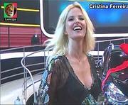 Cristina Ferreira sensual em vários momentos na Tvi