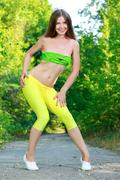 http://img294.imagevenue.com/loc496/th_368060508_Vivian25_123_496lo.jpg