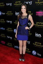 http://img294.imagevenue.com/loc512/th_212320985_LucyHale_2011YoungHollywoodAwards_5_122_512lo.jpg
