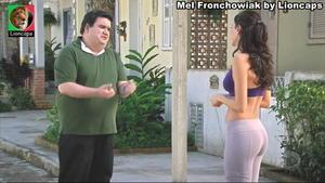 Mel Frochowiak sensual na novela Rebelde