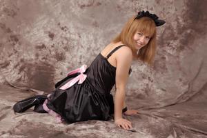 http://img294.imagevenue.com/loc584/th_232791141_Silver_Sandrinya_maid_3_080_122_584lo.jpg