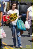 Summer Glau - Shopping at Farmer's Market in Studio City, CA - June 17, 2012 (x15)